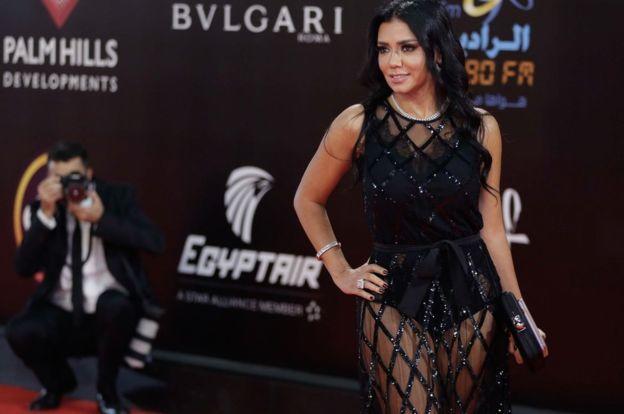 Mısırlı Oyuncu Rania Youssef'e Giydiği Kıyafet Yüzünden 'Ahlaksızlık' Davası Açıldı