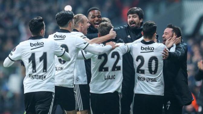 Beşiktaş - Galatasaray Derbisinin Ardından Gazeteler Hangi Manşetleri Attı?