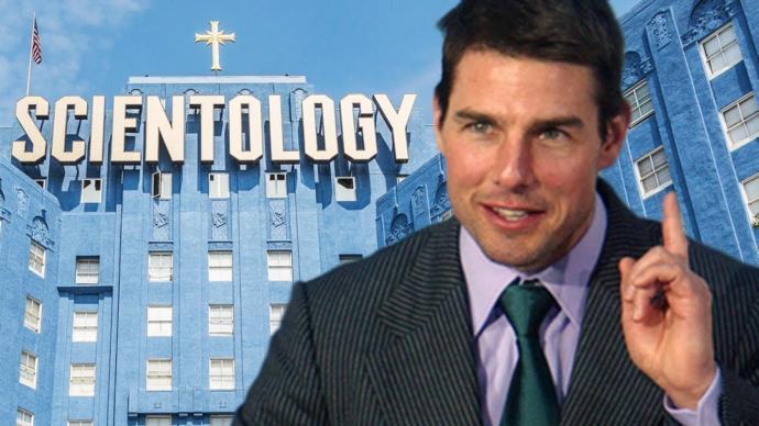 Tom Cruise (56)