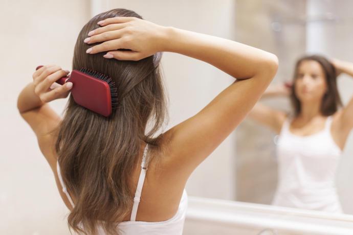 Elektriklenme Tarih Oluyor: Bu Kış Saçlarınızı Yatıştıracak Tavsiyeler
