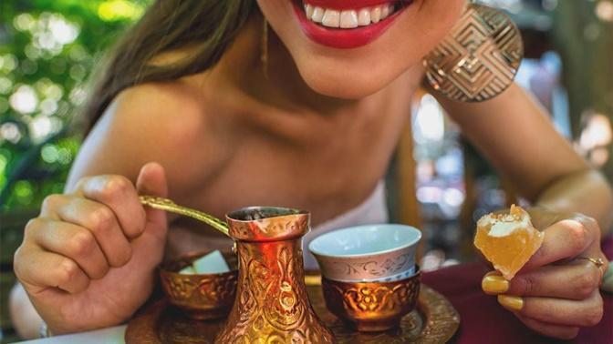 5 Aralık Dünya Türk Kahvesi Günü'nde Kahvenizin Yanına Yakışacak 5 Şey!