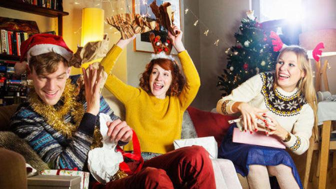 Evin Her Köşesine Yeni Yıl Coşkusunu Getirerek Evrene Pozitif Mesaj Göndermek İsteyenlere Öneriler