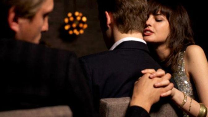 Aldatılmayı Affedebilir misiniz? Aşkların 4. Mevsimi Dediğimiz 'Aldatma Çeşitleri'' Nelerdir?