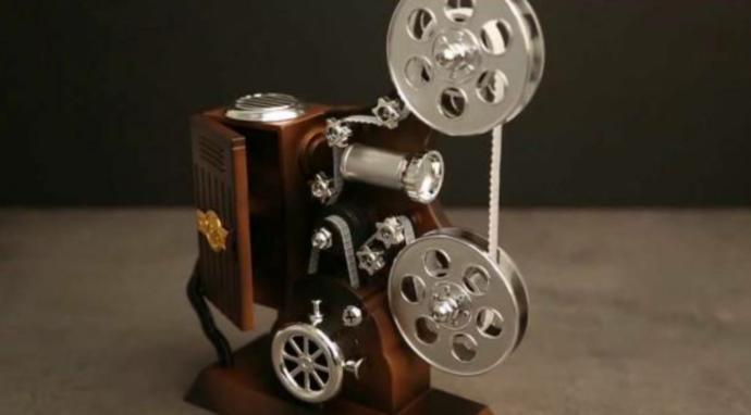 Film Makinesi Şeklinde Müzik Kutusu