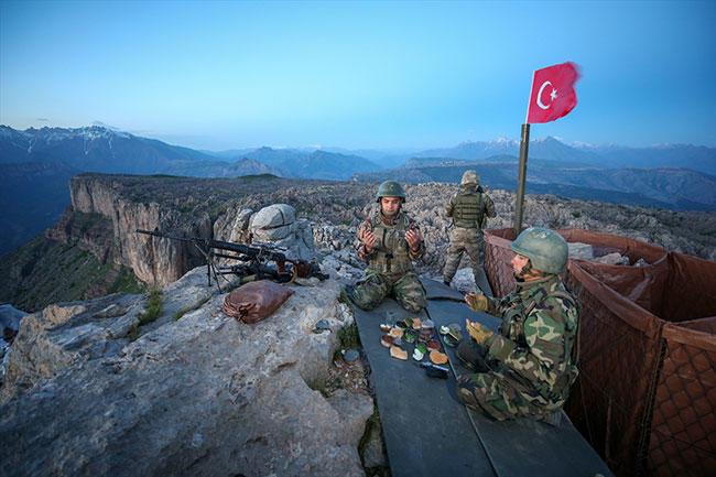 Mehmetçik'ten ilk iftar, Özkan Bilgin