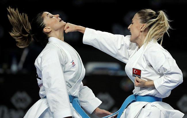 Karatenin sultanları, Burak Akbulut