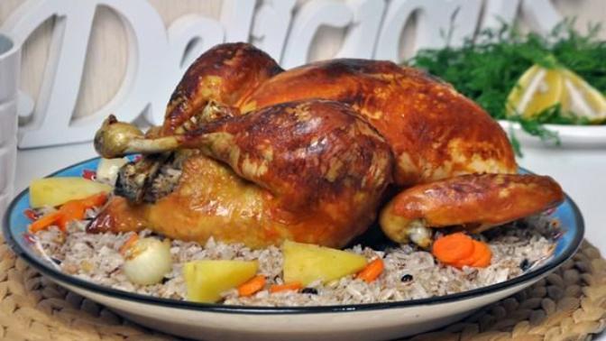Fırında İç Pilavlı Tavuk Dolması Tarifi