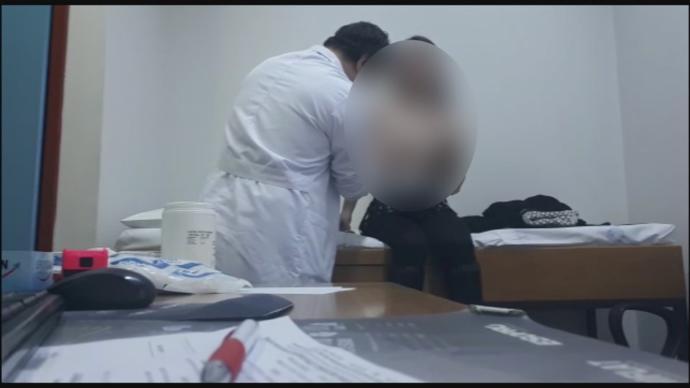 İzmir'de Hastalarını Gizlice Çeken Doktor Serbest Bırakıldı!