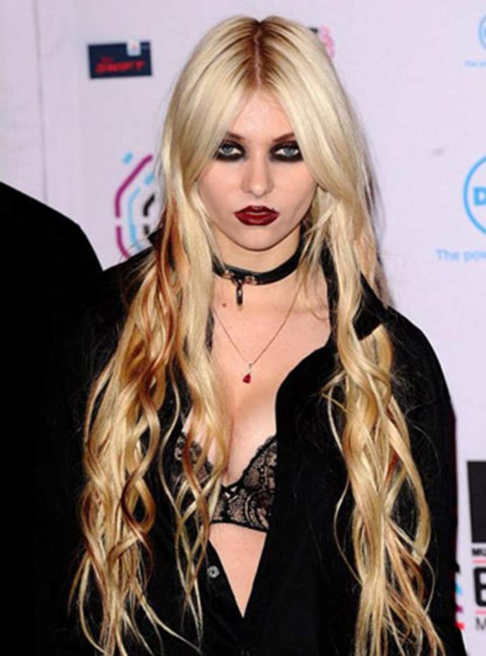 Her Daim Aykırı Olmayı Tercih Eden Taylor Momsen ve Onun Baştan Çıkaran Gotik Rock Stilini İnceliyoruz!