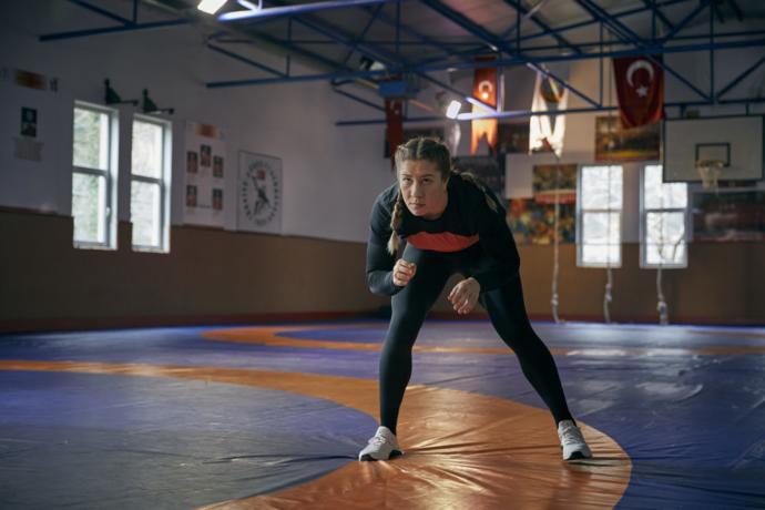 Hayalleri İçin Savaşıp Tarihi Başarılara İmza Atan 2 Kadın Sporcu