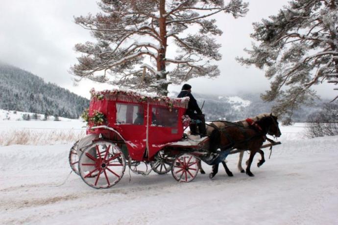 Karlı ve Soğuk Kış Günlerinde Sevgiliyle Yapılabilecek En Keyifli Aktiviteler!