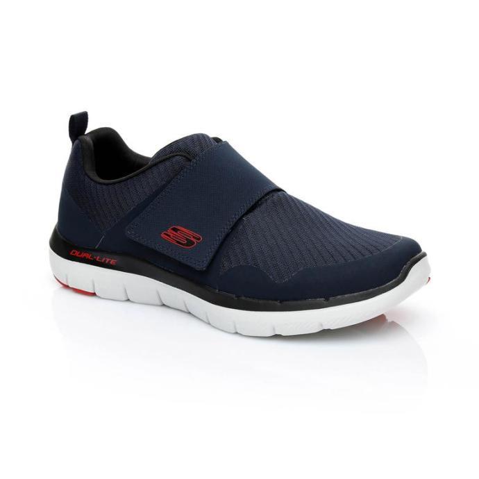 4) Skechers Lacivert Sneaker