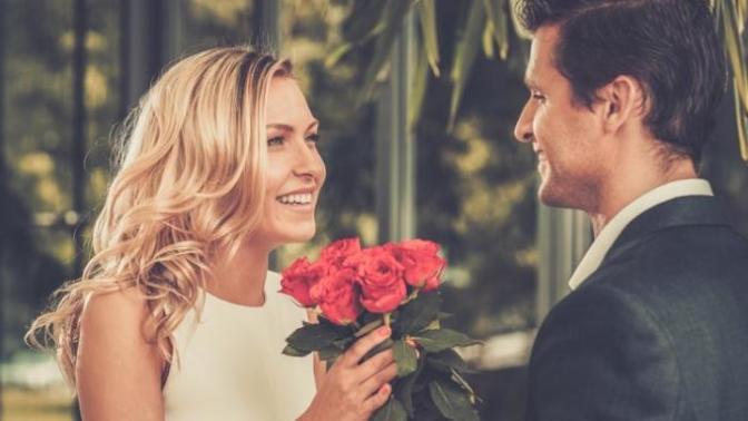 14  Şubat  Yaklaşırken Uzaktaki Sevgilinize Hazırlayabileceğiniz Manevi Hediyeler