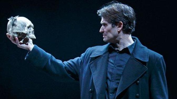 William Shakespeare'in Ölümsüz Eseri: Hamlet