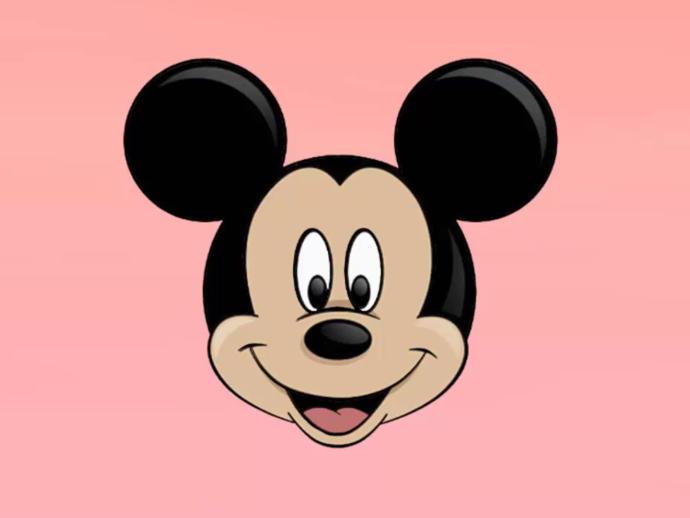 Lacoste'tan Disney Temalı Tatlı mı Tatlı Ürünler