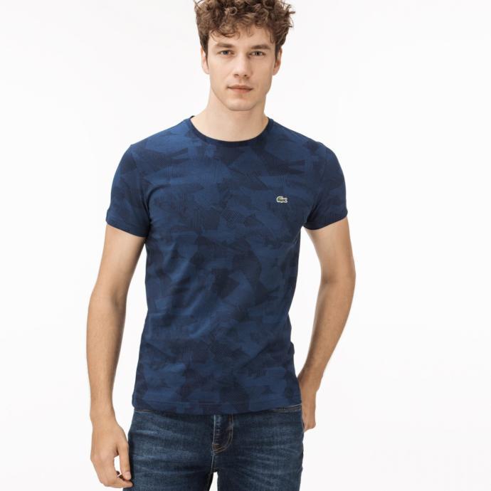 Haftanın 8 günü ağırlık çalışan sevgiliye kaslarını minimum düzeyde sergileyebileceği bir tişört!