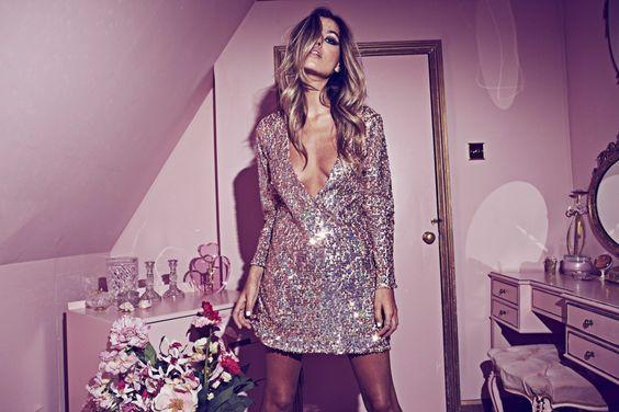 Elbise Seven Kızların İlk Görüşte Aşık Olacağı Lacoste Elbiseler