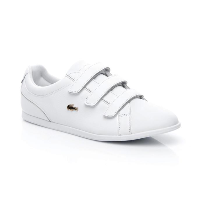 Her kombine uyum sağlayacak beyaz bir sneaker!