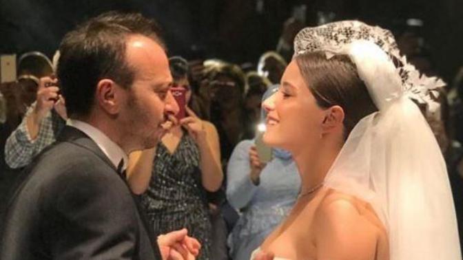 Hazal Kaya İle Ali Atay Düğüne Servet Harcamış