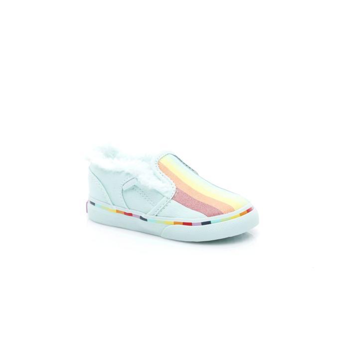 Gökkuşağı detaylı beyaz spor ayakkabı