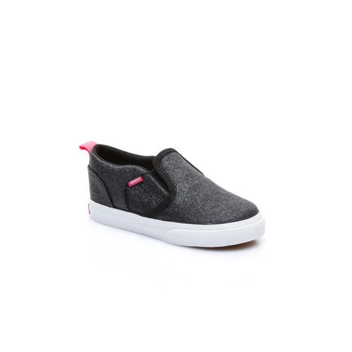 Siyah simli spor ayakkabı