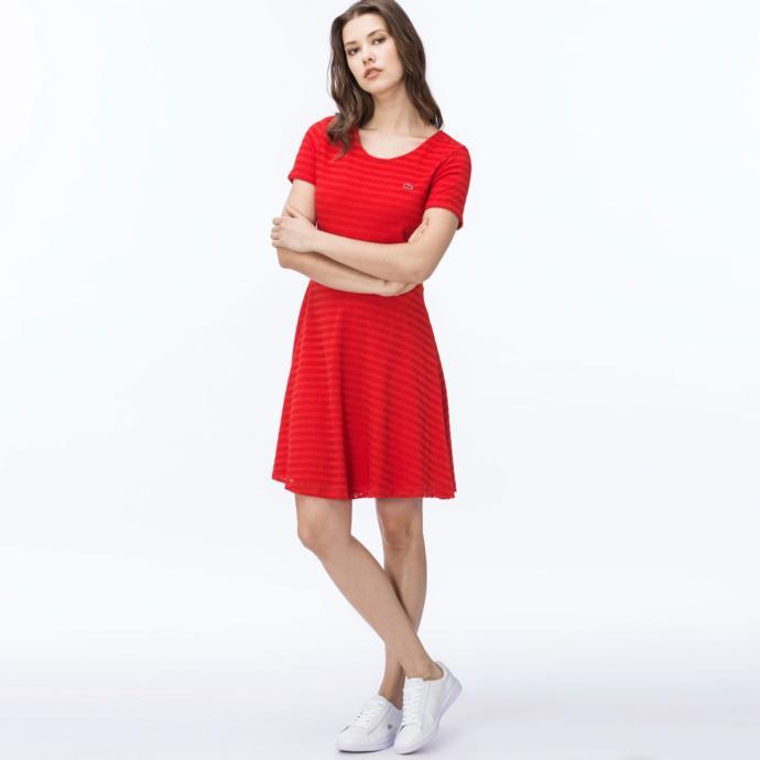Kısa kollu çizgili kırmızı elbise