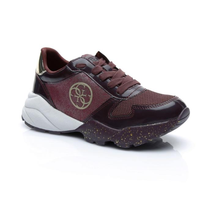Şıklık arayanlar için bordo spor ayakkabı
