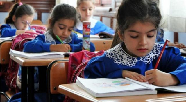 Gaddar Öğretmenlerin Öğrencilerine Verdiği Ağır Cezalar