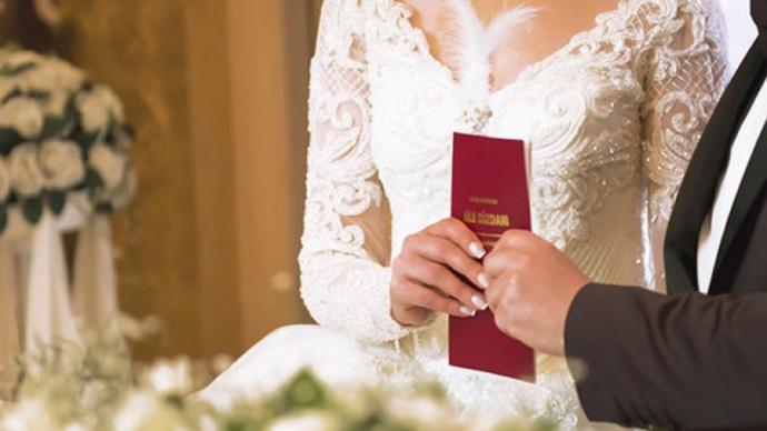 Bir Kızın En Güzel Hayallerinden Biri Olan Nikah Günü İçin Kombin Önerim