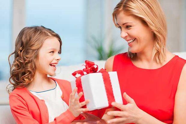 8 Mart Dünya Kadınlar Günü'nde Hayatınızdaki O En Değerli Kadına, Yani Annenize Alabileceğiniz Hediye Önerilerim
