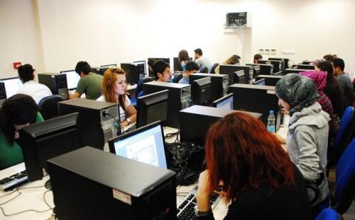 Üniversiteye Gitmeyip Meslek Sahibi Olmak İsteyenler İçin 4 Alternatif Yol