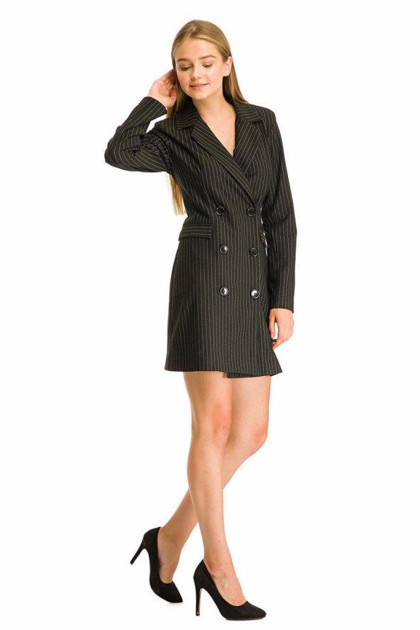 Çizgili Siyah Kısa Ceket Elbise