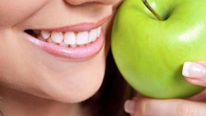 Ağız Ve Diş Sağlığını Desteklemeye Yardımcı Gıdalar
