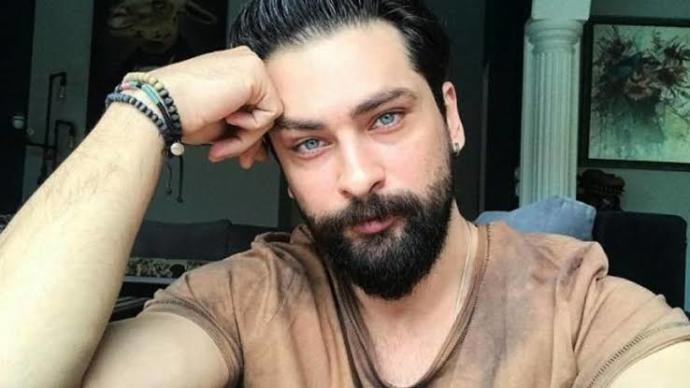 Yakışıklılıktan Ziyade Karizmatik Oluşları ile Dikkat Çeken Ünlü Türk Erkekler!