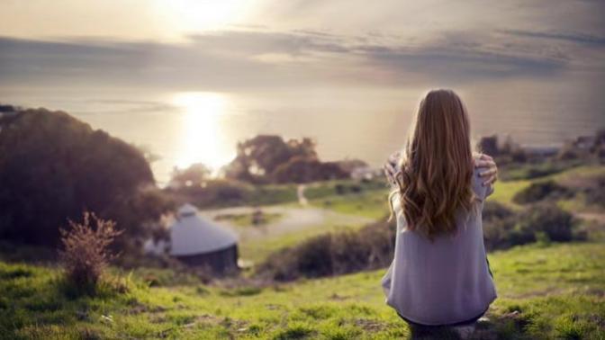 Her Şeyden Uzaklaşma İsteği Doğurup Hayattan Soğumamıza Neden Olan Davranışlar!