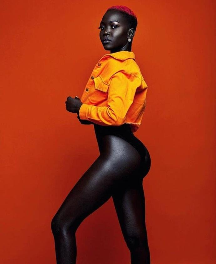 Çikolata Rengindeki Kusursuz Ciltleriyle Çıtayı Nirvanaya Yükselten Modeller