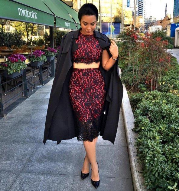 İki Parça Siyah Dantelli Kırmızı Strech Elbise