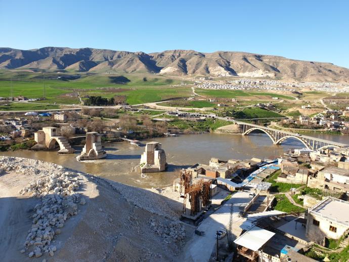 Tarihi ve doğal güzelliğiyle tepeden Hasankeyf