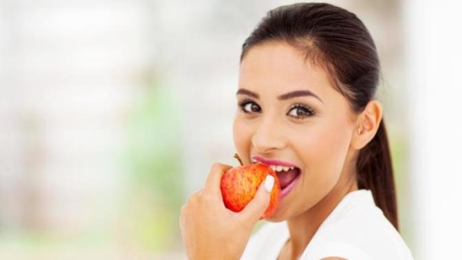Sağlıklı ve Beyaz Dişler İçin Doğadan Nasıl Faydalanabiliriz?