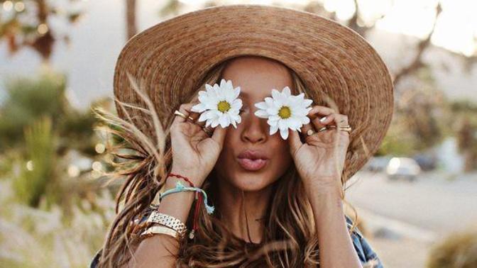 Bahar Dediğin Çiçek, Kelebek Bizim İçin de Moda Demek: İşte Karşınızda 2019 Bahar Modası!