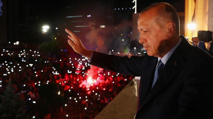 Cumhurbaşkanı Recep Tayyip Erdoğan Balkon Konuşması Yaptı