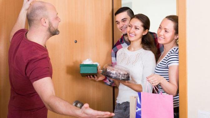 Yeni Ev Alan Tanıdığınıza Ev Ziyaretine Gittiğinizde Götürebileceğiniz Hediyeler