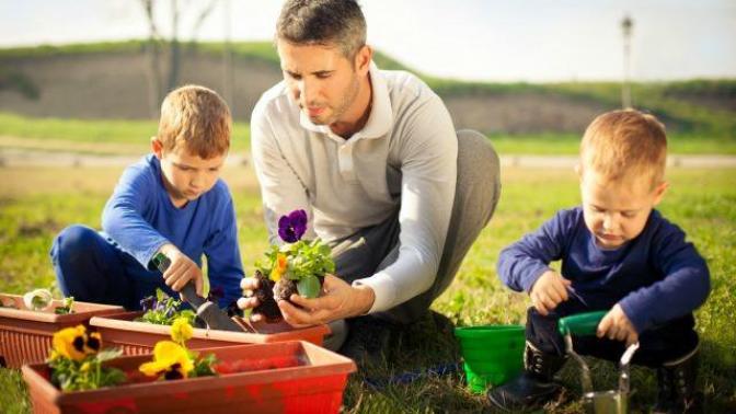 İlgili Babalığın 9 Kuralı Nedir? Nasıl Daha İyi Ebeveyn Olabiliriz?