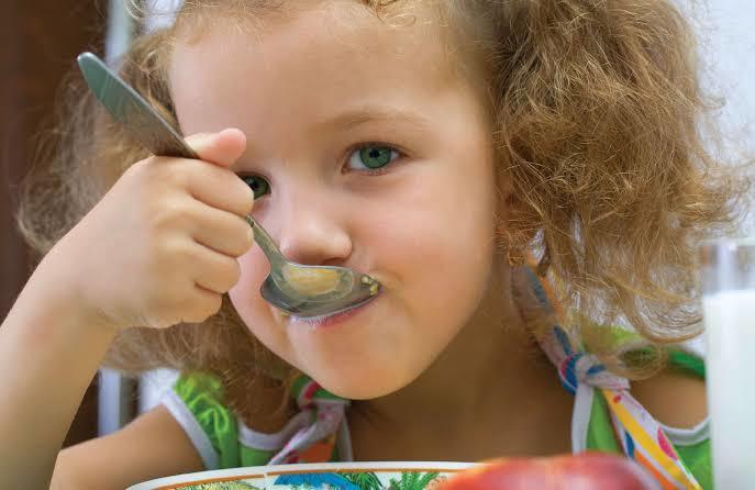 Yemek Yemeyi İstemeyen Çocuklara Nasıl Davranmak Gerekir?