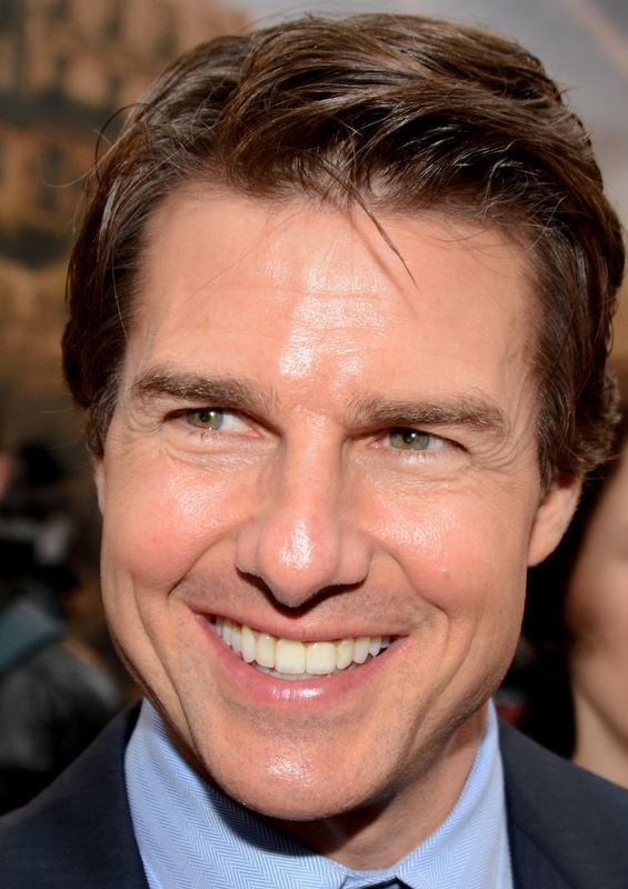 Tom Cruise dişleri