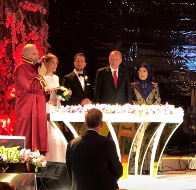 Yelda Demirören ile Haluk Kalyoncu Evlendi (Cumhurbaşkanı Erdoğan Nikah Şahidi Oldu)