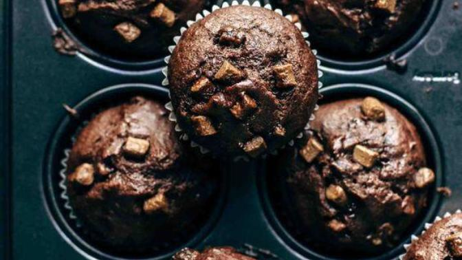 Şelaleyi Andıran Akışkan Çikolatasıyla Ağızları Sulandıran Bir Tatlı: Şelale Muffin