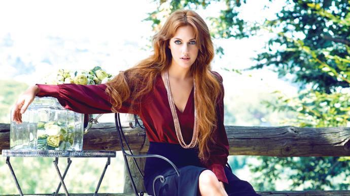 Boyalı Saçları, Doğal Renginden Çok Daha Güzel Olan Türk Ünlüler!