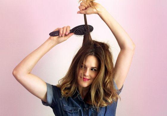 Saçlarınızı uyumadan önce tarayın