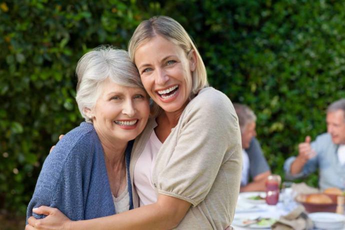 Anneler Günü'nde, Annenize Kraliçe Gibi Hissettirmek İçin Uygulayabileceğiniz 7 Tüyo!